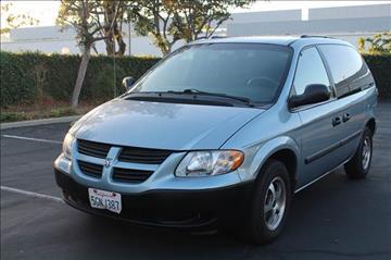 2005 Dodge Caravan for sale in Lakewood, CA