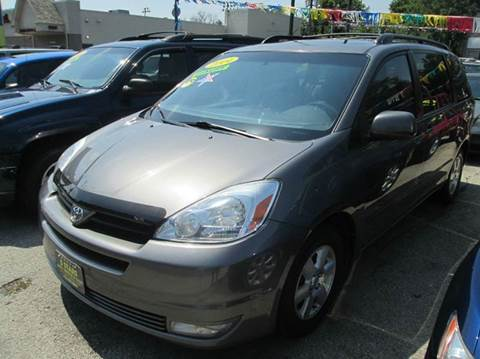2004 Toyota Sienna for sale at 5 Stars Auto Service and Sales in Chicago IL