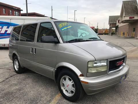 2004 GMC Safari for sale in Chicago, IL