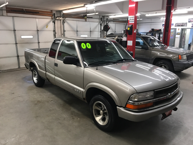 2000 chevrolet s-10 extended cab