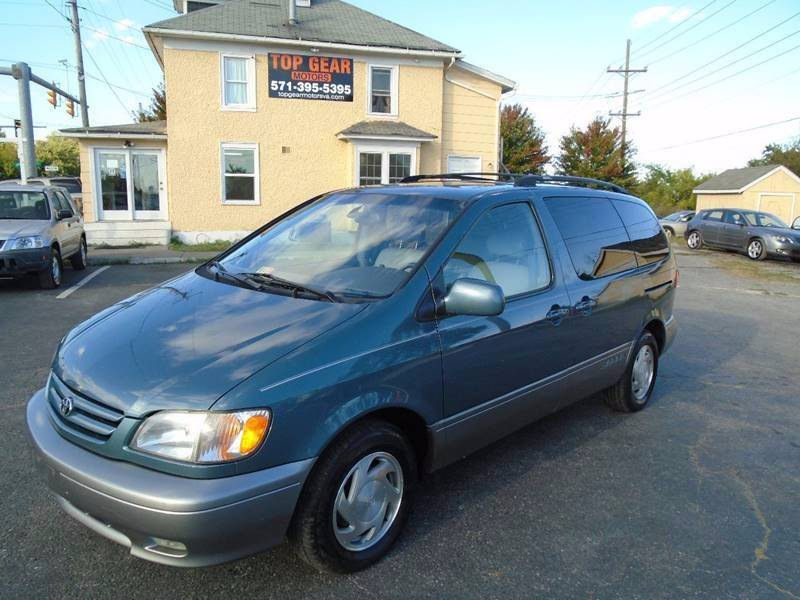 2002 Toyota Sienna for sale at Top Gear Motors in Winchester VA
