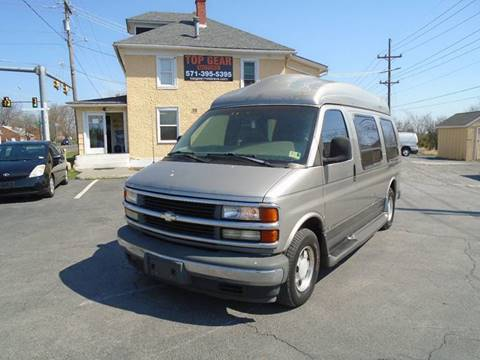 1999 Chevrolet G1500 for sale at Top Gear Motors in Winchester VA