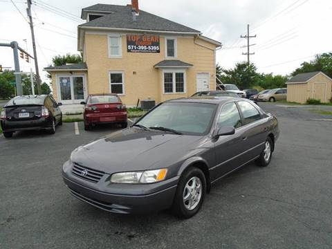 1998 Toyota Camry for sale at Top Gear Motors in Winchester VA