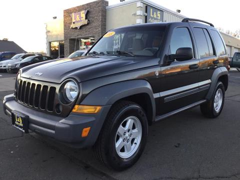 2005 Jeep Liberty for sale in Plantsville, CT
