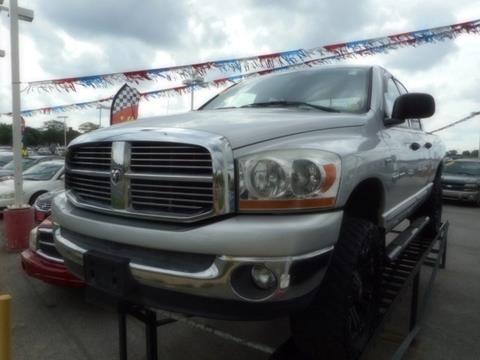 2006 Dodge Ram Pickup 1500 for sale in Harvey, IL