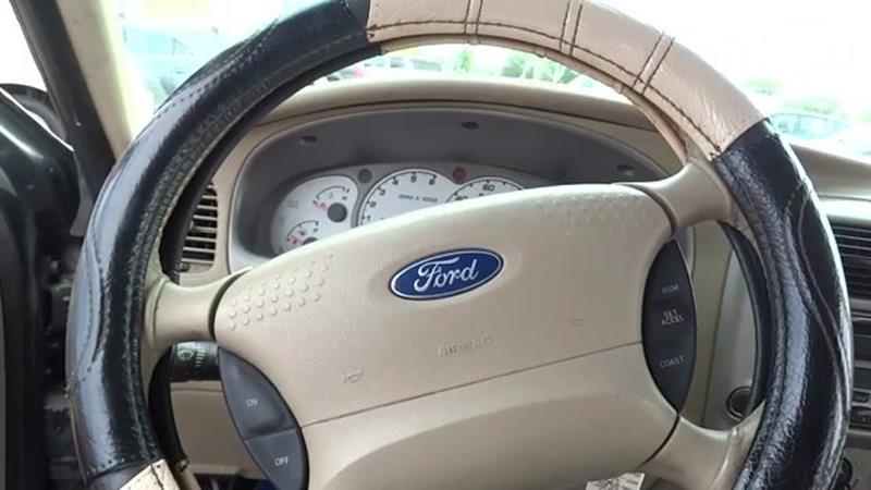 2003 Ford Explorer Sport Trac 4dr XLT Crew Cab SB RWD - Harvey IL