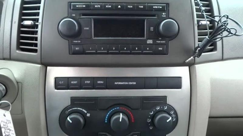2005 Jeep Grand Cherokee 4dr Laredo 4WD SUV - Harvey IL