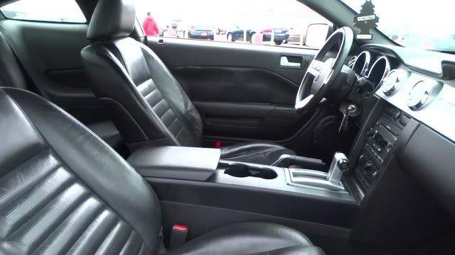 2006 Ford Mustang GT Deluxe 2dr Coupe - Harvey IL