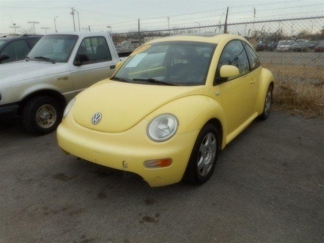 2000 Volkswagen New Beetle GLS 2dr Hatchback - Harvey IL