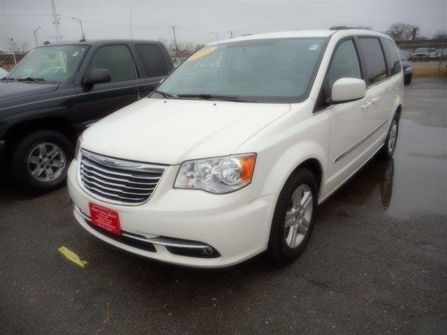 2013 Chrysler Town and Country Touring 4dr Mini-Van - Harvey IL