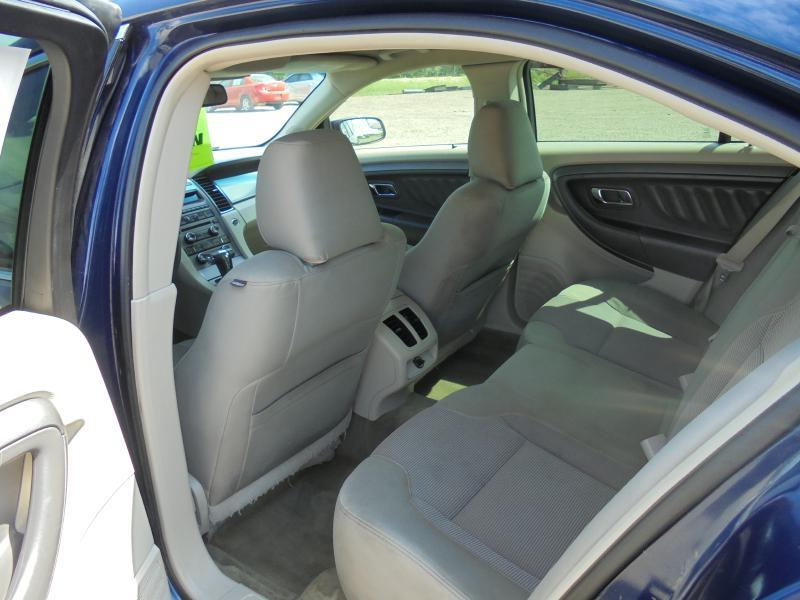 2012 Ford Taurus SEL 4dr Sedan - Belton TX