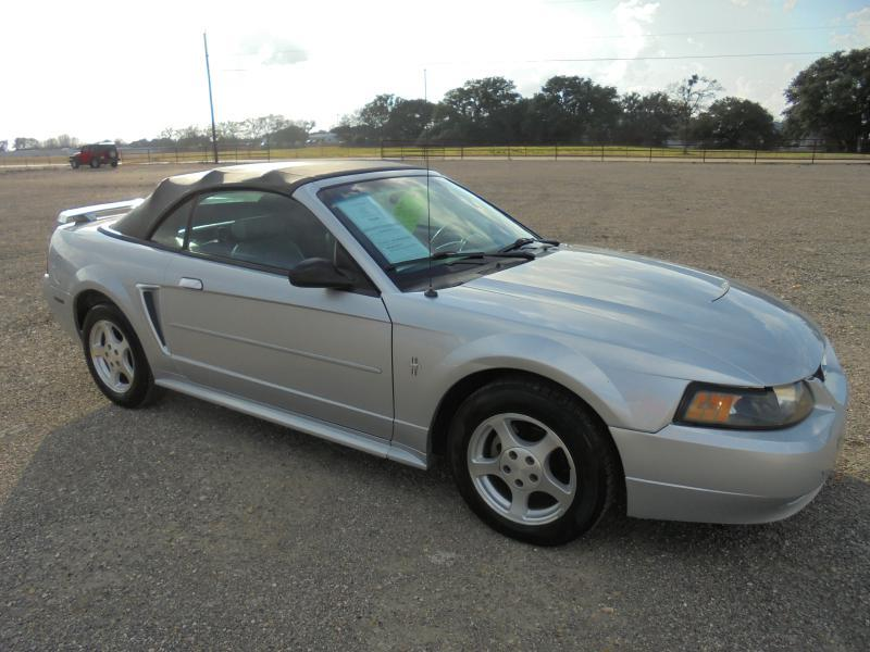 2003 Ford Mustang Deluxe 2dr Convertible - Belton TX