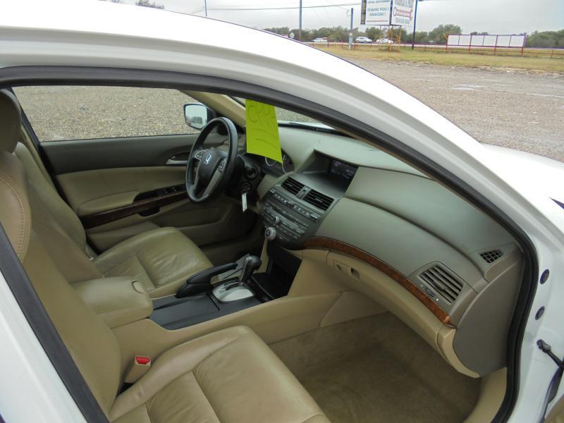 2010 Honda Accord EX-L 4dr Sedan 5A - Belton TX
