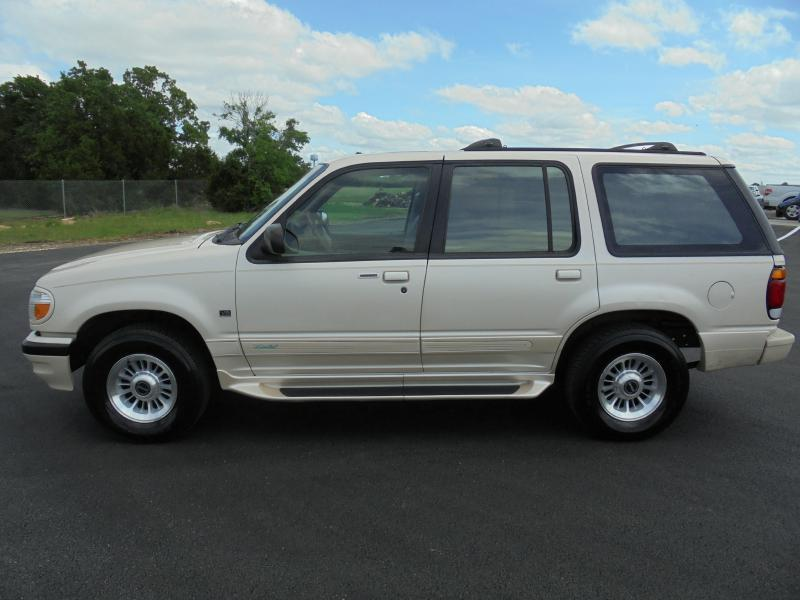 1996 Ford Explorer AWD Limited 4dr SUV - Belton TX