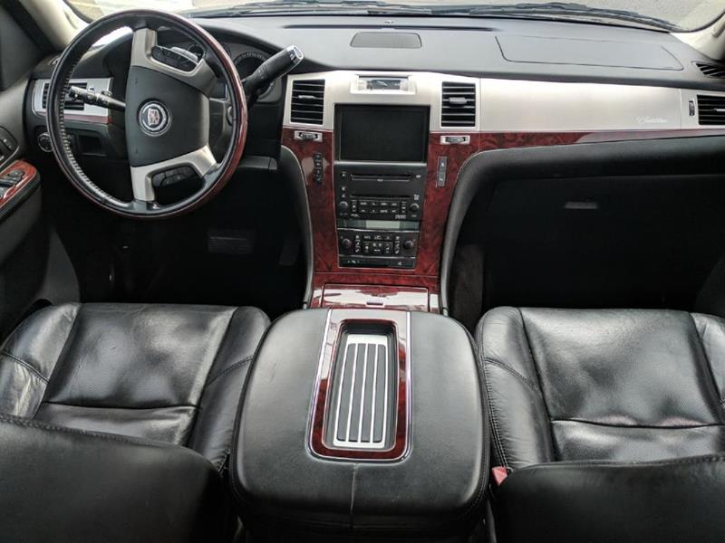 cadillac details escalade luxury at jeremys inventory sale automotive mi in for casco