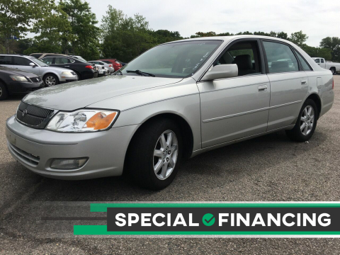 2001 Toyota Avalon for sale at Twin Motor Sport in Worcester MA