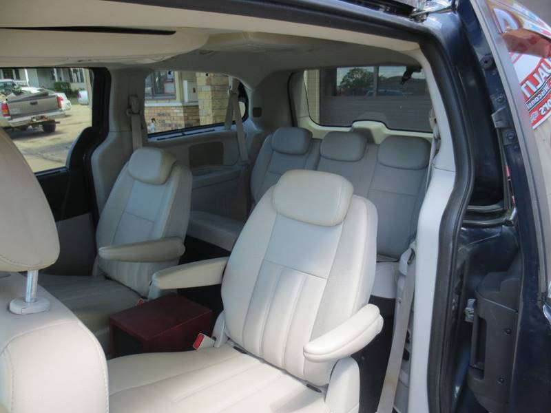 2009 Dodge Grand Caravan SXT Mini-Van 4dr - Benton WI