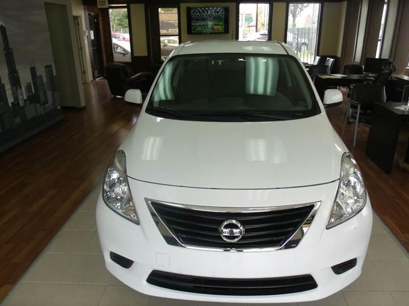 2014 Nissan Versa 1.6 SV 4dr Sedan - Chicago IL