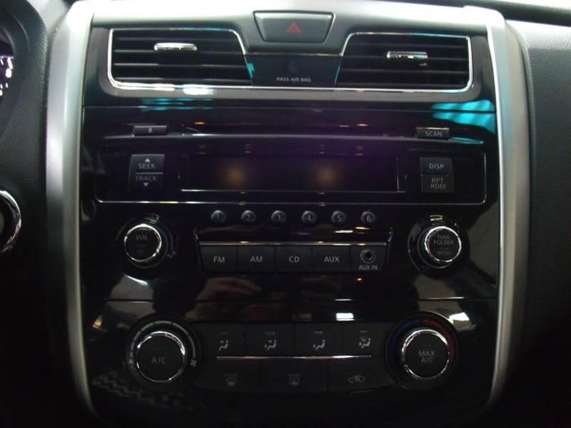2006 Nissan Altima 2.5 4dr Sedan - Chicago IL