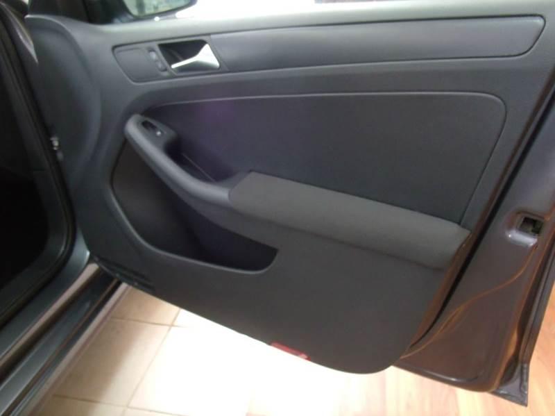 2006 Volkswagen Jetta Value Edition 4dr Sedan (2.5L I5 6A) - Chicago IL