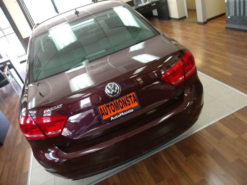2013 Volkswagen Passat S 4dr Sedan 6A - Chicago IL
