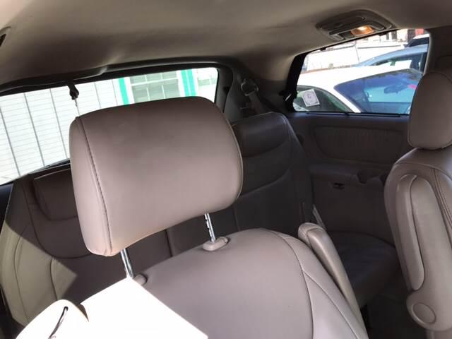 2004 Toyota Sienna AWD XLE Limited 7-Passenger 4dr Mini-Van - Tamworth NH