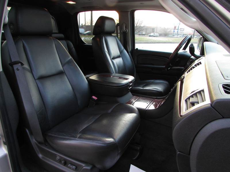 2007 Cadillac Escalade EXT for sale at Twins Auto Sales Inc - Redford Lot in Redford MI