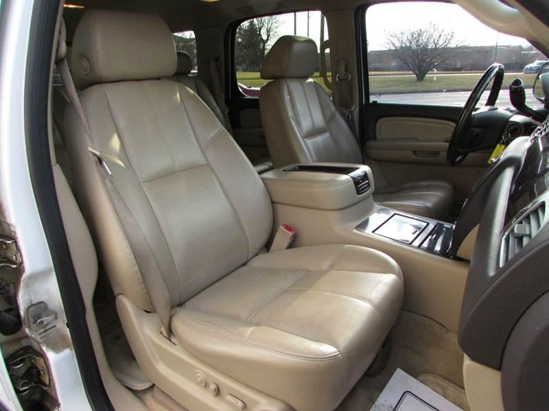 2007 GMC Yukon for sale at Twins Auto Sales Inc - Redford Lot in Redford MI