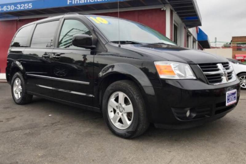 2010 Dodge Grand Caravan Sxt 4dr Mini Van In Aurora Il Latino Motors