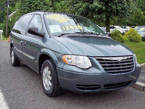 2007 Chrysler Town and Country for sale at Motor Pool Operations in Hainesport NJ