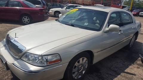 Lincoln Town Car For Sale In Chicago Il Carsforsale Com