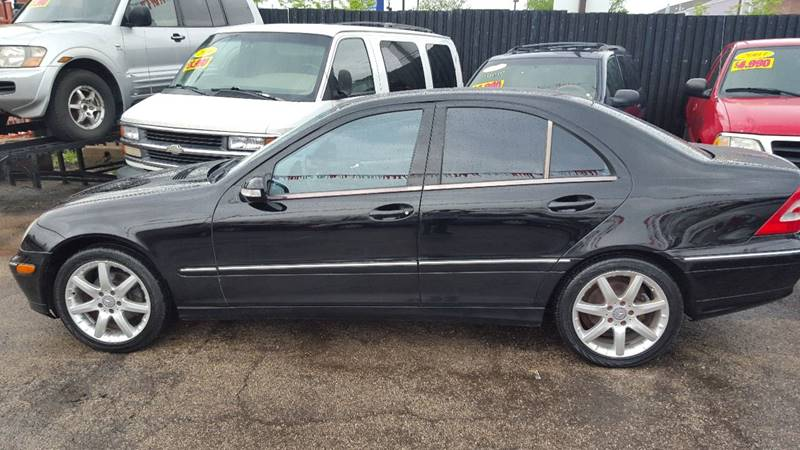 2004 mercedes benz c class c 230 kompressor 4dr sedan in for Mercedes benz parts chicago