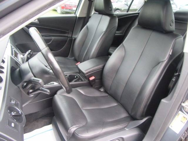 2009 Volkswagen Passat Komfort 4dr Sedan w/ Rear Side Airbags - Troy NY
