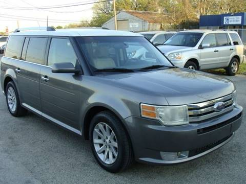 2009 Ford Flex for sale at PREMIER MOTORS OF PEARLAND in Pearland TX