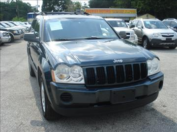 2005 Jeep Grand Cherokee for sale at PREMIER MOTORS OF PEARLAND in Pearland TX