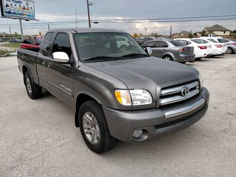 2003 Toyota Tundra for sale at PREMIER MOTORS OF PEARLAND in Pearland TX