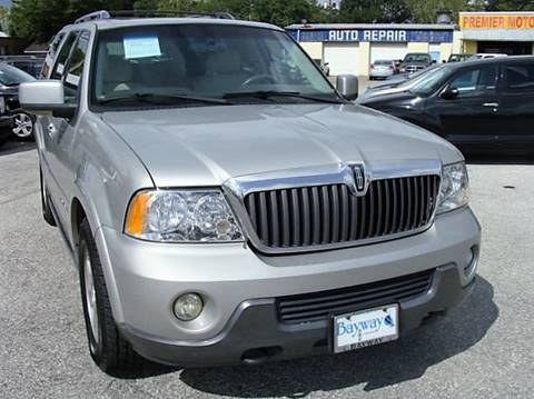 2004 Lincoln Navigator for sale at PREMIER MOTORS OF PEARLAND in Pearland TX