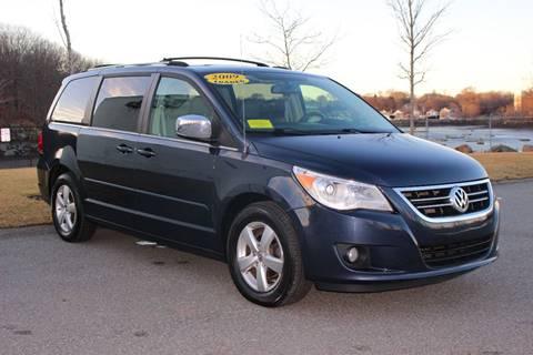 2009 Volkswagen Routan for sale in Beverly, MA