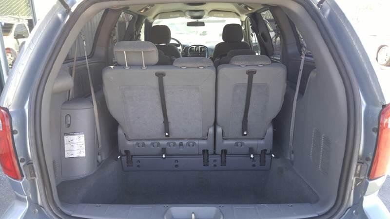 2005 Dodge Grand Caravan SXT 4dr Extended Mini-Van - Cameron MO
