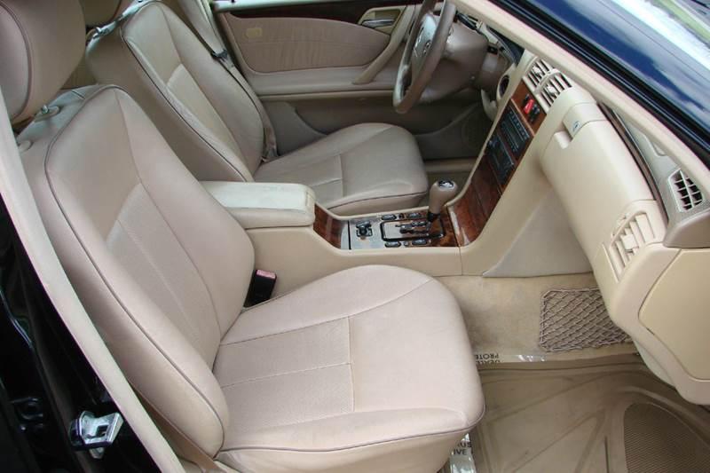 2000 Mercedes-Benz E-Class E 320 4dr Sedan - Sevierville TN