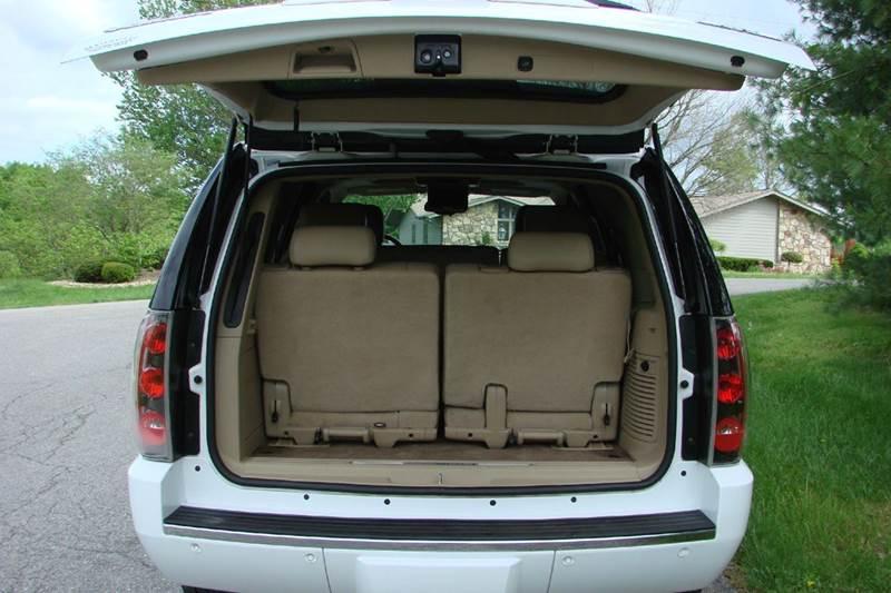 2009 GMC Yukon AWD Denali 4dr SUV - Sevierville TN