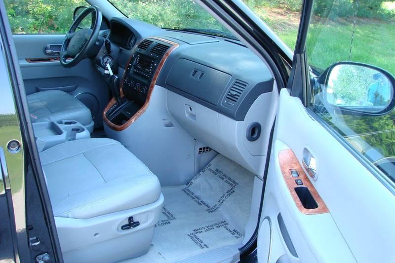 2005 Kia Sedona 4dr EX Mini-Van - Sevierville TN