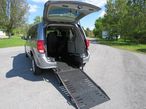 2013 Dodge Grand Caravan for sale at Sevierville Autobrokers LLC in Sevierville TN