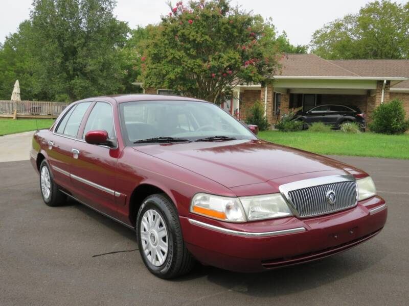 2005 Mercury Grand Marquis for sale at Sevierville Autobrokers LLC in Sevierville TN
