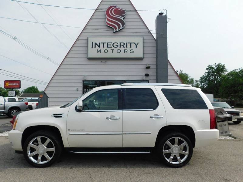escalade details sale mo cadillac in car gateway connection inventory eureka for at