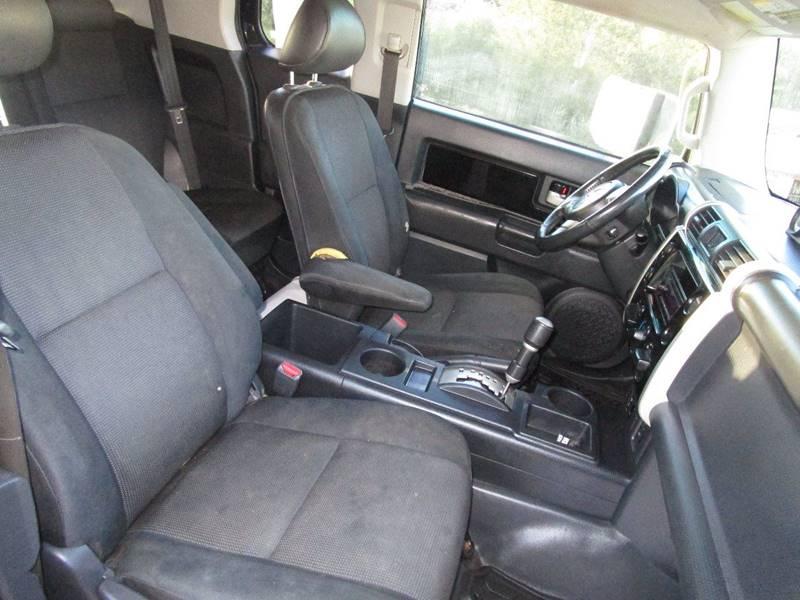 2007 Toyota FJ Cruiser 4dr SUV (4L V6 5A) - Abingdon VA