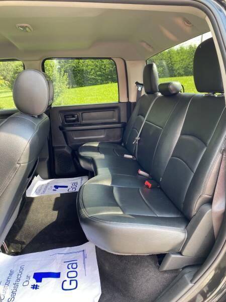 2017 RAM Ram Pickup 3500 4x4 Tradesman 4dr Crew Cab 8 ft. LB SRW Pickup - Abingdon VA