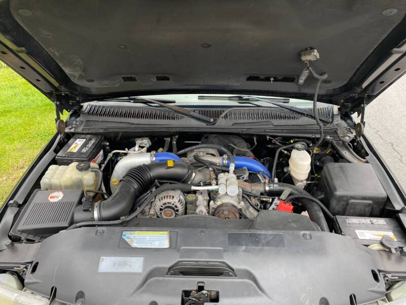 2001 Chevrolet Silverado 2500HD 4dr Extended Cab LT 4WD SB w/OnStar - Abingdon VA