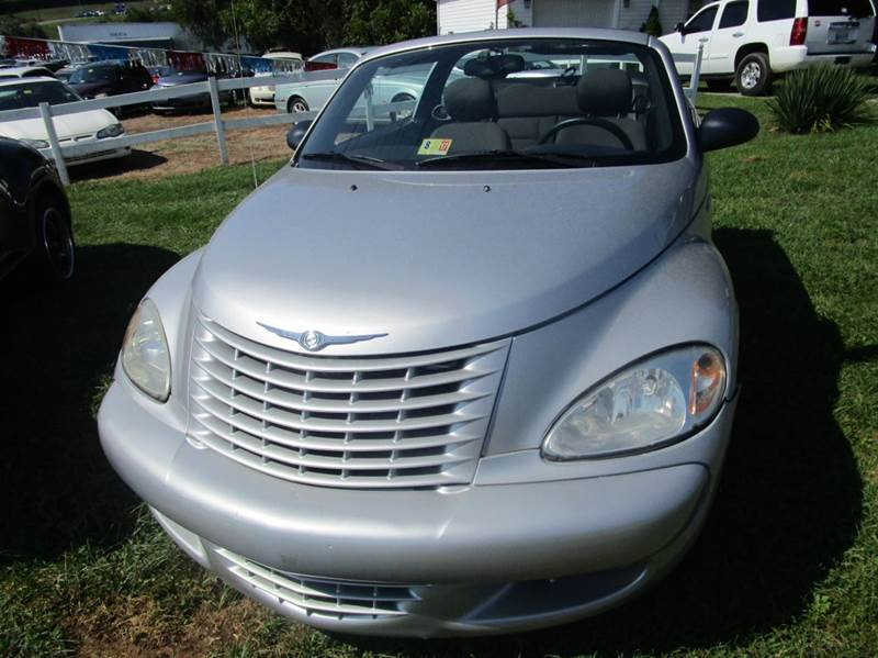 2005 Chrysler PT Cruiser 2dr Touring Turbo Convertible