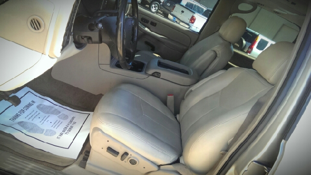 2005 Chevrolet Suburban for sale at NextCar in Jackson MS